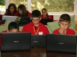 Գեոթիմի աջակցությամբ 8 երեխաներ մեկնել են Վիքիճամբար